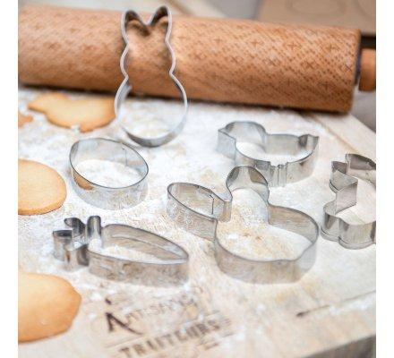 Coffret, lot de de 6 emporte-pièces de différentes formes en inox