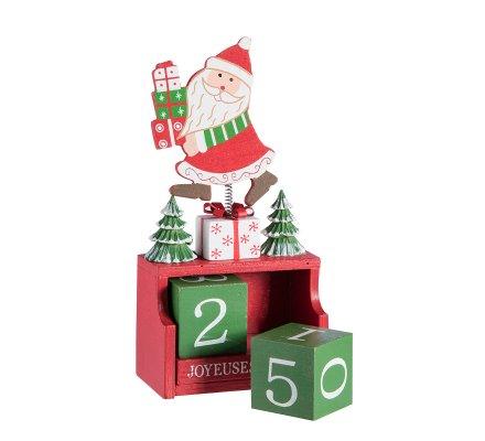 Calendrier de l'avent avec cubes en bois et décor père Noël sur ressort
